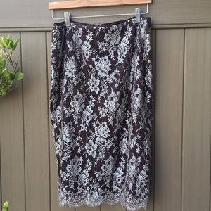 St John lace skirt